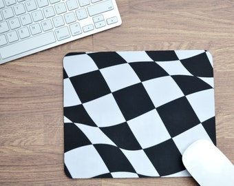 Wavy Chequered Flag Mousepad | Mousepad | Birthday Gifts | Car Memorabilia | Car Enthusiasts | Motorsport Gifts | F1 Gifts | Chessboard