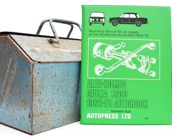 Autobook Alfa Romeo Workshop Manual | Alfa Romeo Giulia Owners Manual | Hardback Book | Birthday Gift | Car Memorabilia | Book for Dad |