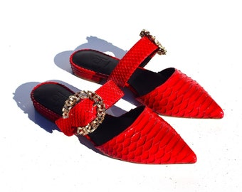 Aethra Shoes Auri ruby shoes clips