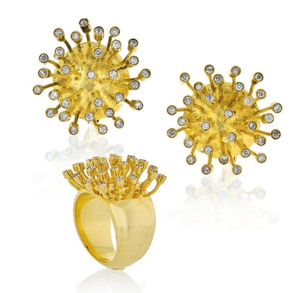 1970's 18K Yellow Gold Matching Earring & Ring Sta