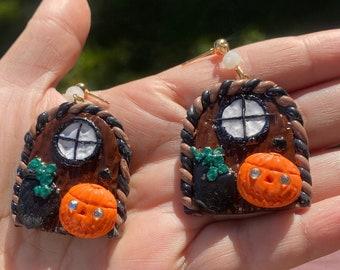 Halloween Earring | Clay earrings | statement earrings | Resin earrings | gold shimmer pumpkin king