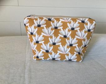 Cosmetic bag, toiletry bag,