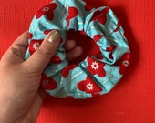 Scrunchie - Turquoise and Red
