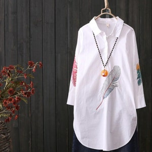 Lovely 100/% silk Zaba Designer Tunic Top with the Belt Royal Blue Yellow White Summer Long Sleeve Shirt Greek Ornate Columns Chariot Wheel