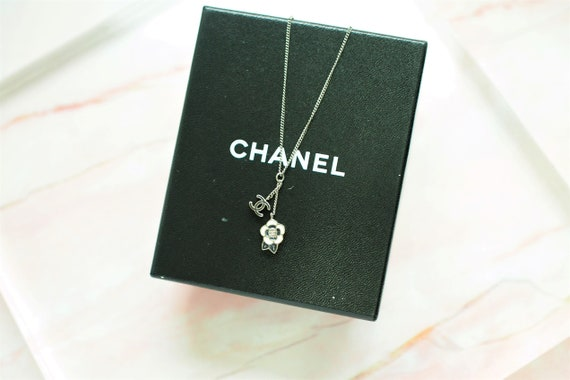 Authentic Chanel Vintage necklace , Chanel necklac
