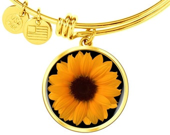 Gift for Plant Person, Gift for Woman Who Loves Sunflowers, Bracelet with Sunflower Charm Gold