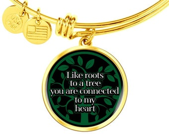 Gift to The Loved One, Gift for Family Member or a Best Friend Bracelet With Circle Pendent with Sentimental Message