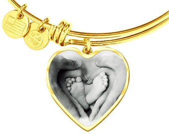 New Mom Gift Jewellry, Baby Feet Heart Charm Bangle for New MOM, Family  Gold