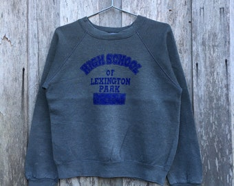 Vintage 90s Delta UNIVERSITY OF KENTUCKY Printed Spell Out Crew Neck Sweatshirt Unisex Clothing Size Extra Large