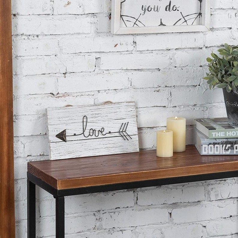 Love Sign 12 Inch Whitewashed Wood /& Metal \u201cLOVE\u201d Sign Arrow for Home Decor
