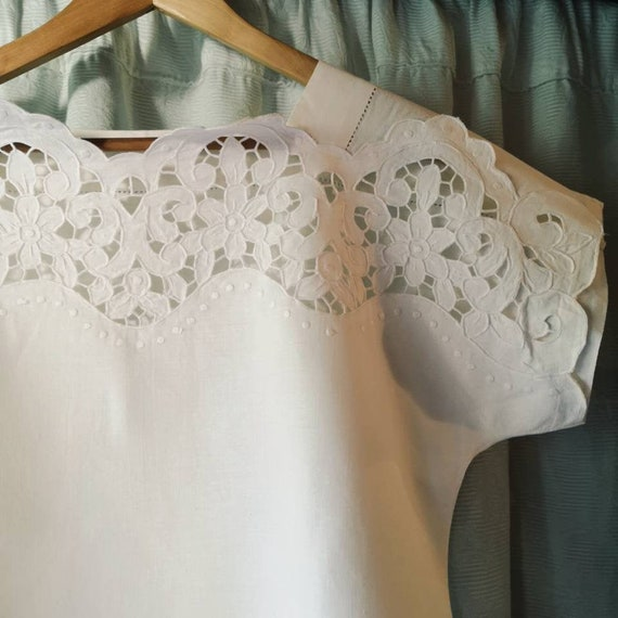 Pure 60s linen embroidered vintage top - embroider