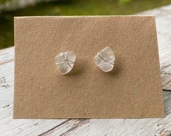 Cute ear studs made of glass stones and silver wire