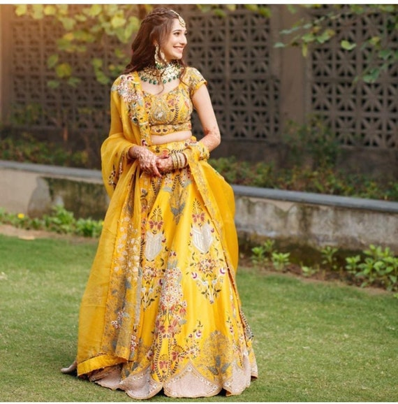 Pink designer gown lengha lehenga Indian ethnic traditional wear Indian Suit Chania choli Party wear Yellow dress Wedding wear Function 1