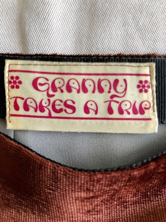 GRANNY TAKES A TRIP vintage brown velvet mini ski… - image 9
