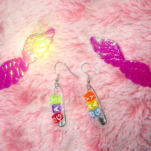 Safety Pin Earrings Asexual Pride