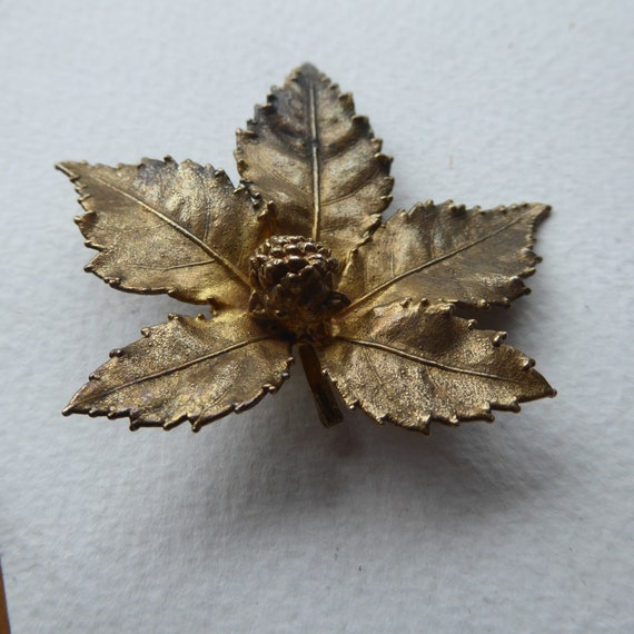 Striking gold-plated rose bud brooch with five leaves Flora Danica? real gold-plated rose branch bold stunning piece amazing detail