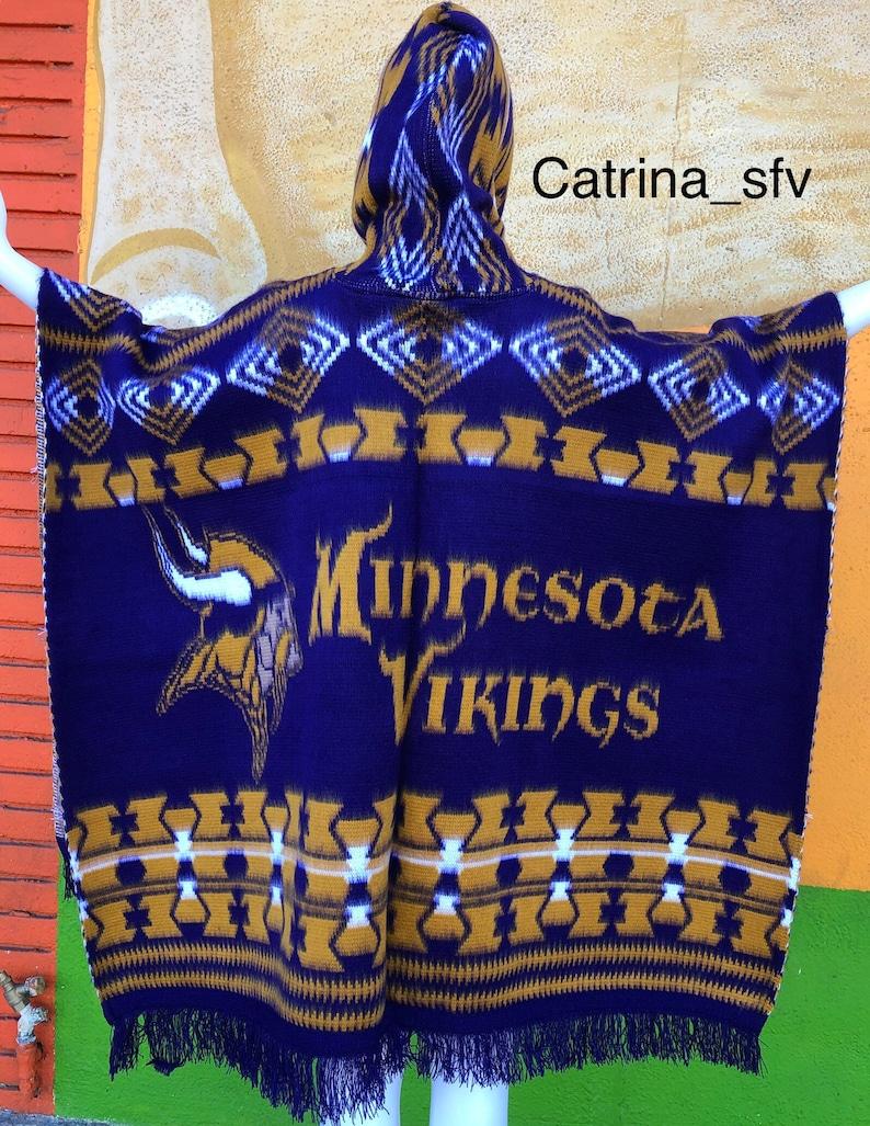 un\u00ed size handcrafted poncho un\u00ed sex football team Minnesota Vikings