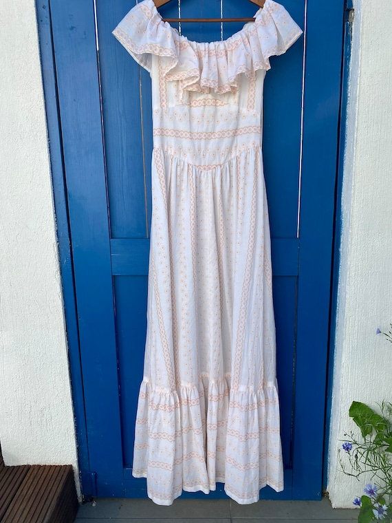 Vintage 1970 prairie ruffle dress - vintage cotton