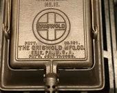 Vintage Griswold 11 Cast Iron Waffle Maker RARE
