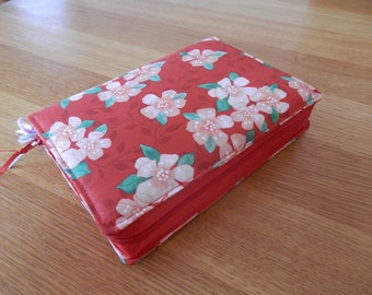 NWT 2013 Zipped Fabric Bible Cover - Cherry Blossom