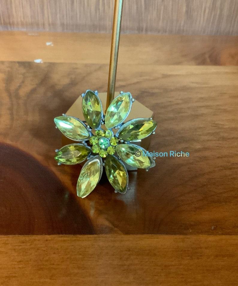Vintage Green Flower Pin  Brooch