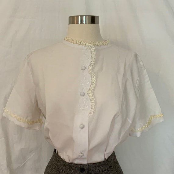 Vintage 1940s White Button Up Blouse