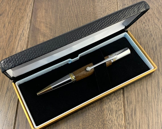 Handmade American Walnut Twist Pen