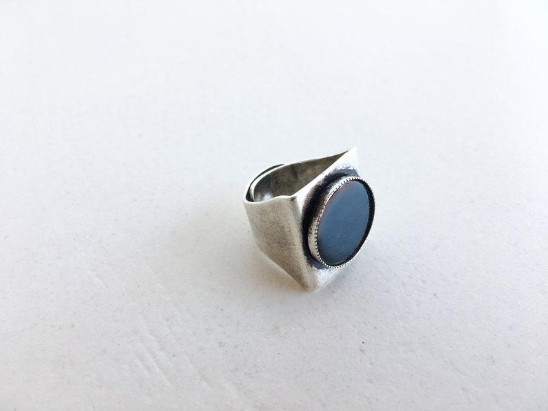 ADJUSTABLE RING with enamelled black circle  image 0