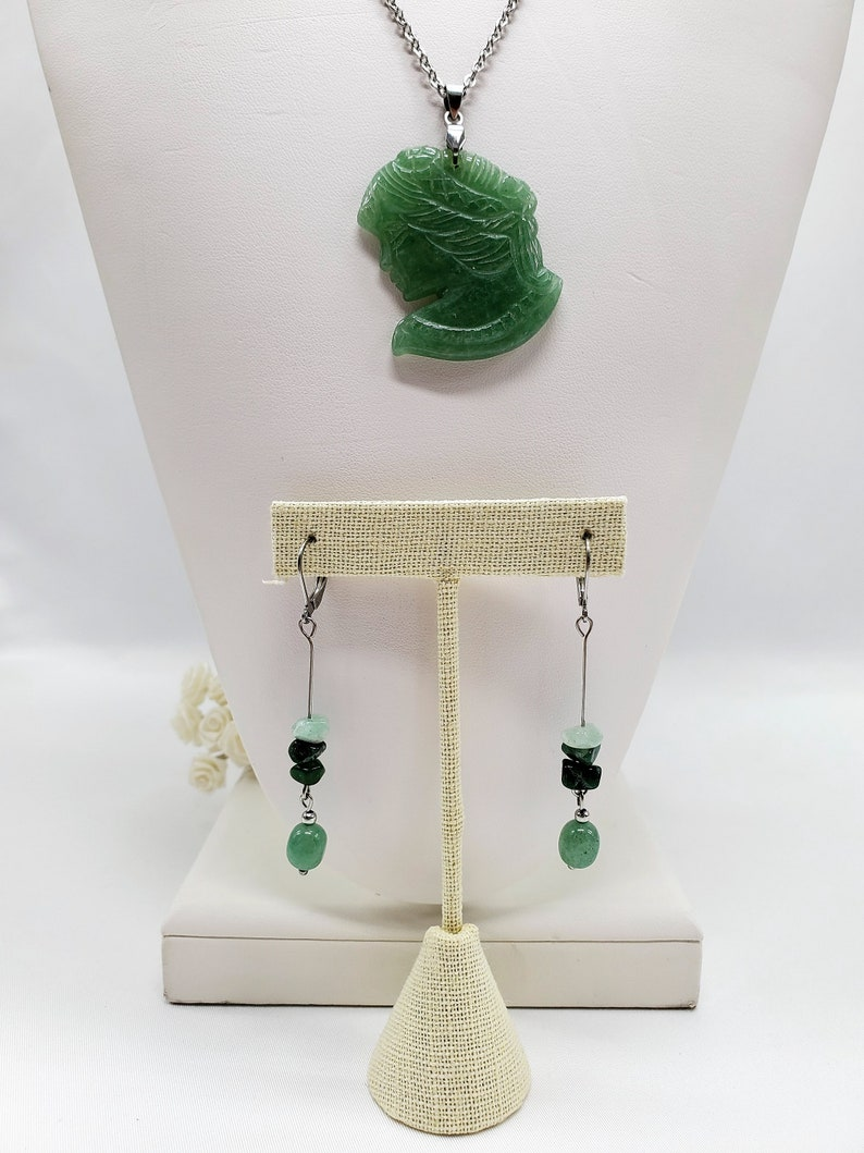 Green Aventurine Cameo Gemstone Necklace and Earrings Set