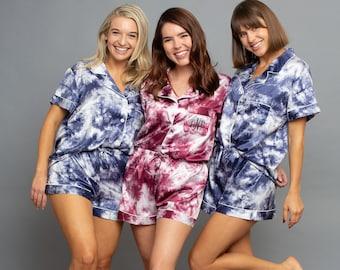Tie Dye Bridesmaid Pajama, Pajamas Monogram, Bridesmaid Pajama Set, Pajama Set Bridesmaid, Bridesmaid PJs Satin, Pajama Short Set