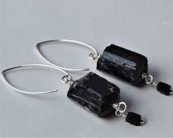Black tourmaline earring*Sterling silver*Gemstone*Handmade*Gift*Unique*Nugget*Protection