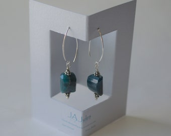 Teal colored apatite nuggets earrings*Silver*Sterling silver* Earwire*Gemstone*Natural*Handcrafted*Gift*Faceted*Rough*Bali silver beadcap
