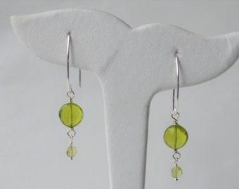 Peridot silver earring*Gemstone*Handcrafted*Gift*August birthstone*Green*Drop earrings*Long