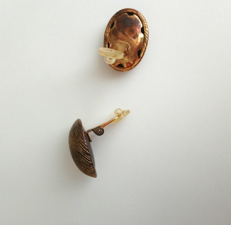 Vintage oval metal copper color clip on earrings Brushed earrings For her