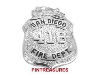 2 FIREMAN MALTESE CROSS LAPEL COLLAR SILVER HAT PIN UP DEVICE FIREMAN USA EMT