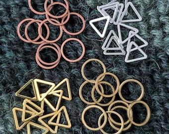 US 4 & 9   SET   Stitch Markers Mini Metal Rings   Small Stitch Marker Progress Keeper Charm for Knitting