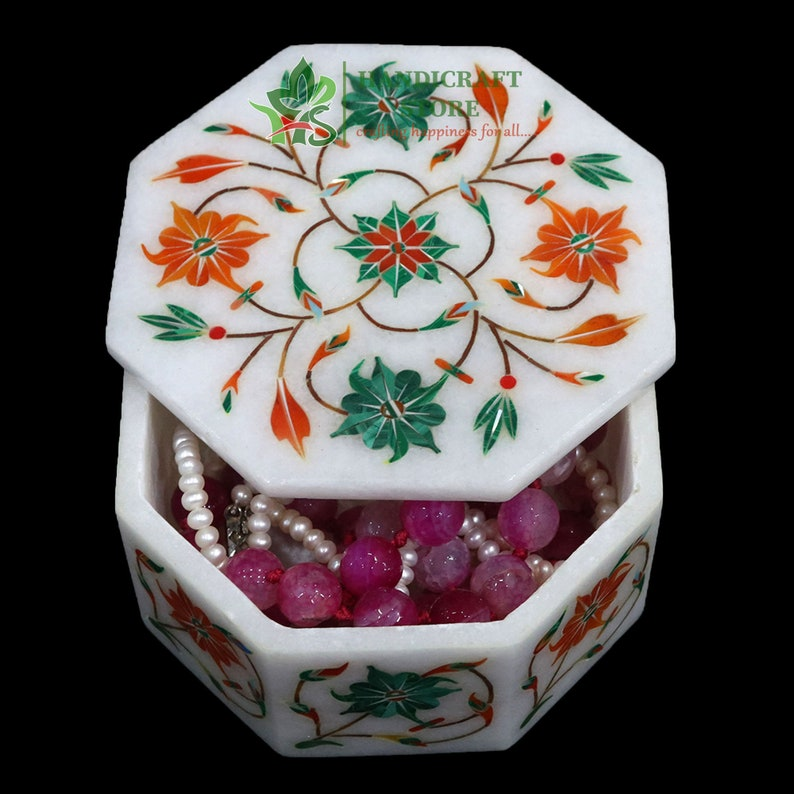 White Marble Inlay Ring Box Cum Jewelry SIZE Organizer Inlaid With Semi Precious Gemstones Well Decorated Floral Art Completely Hand Carved