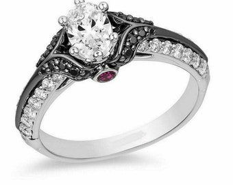 Wedding Anniversary Ring. Travelling Ring An Antique 925 Silver Enchanted Disney Villains Evil Queen and Diamond Ring in Black Rhodium