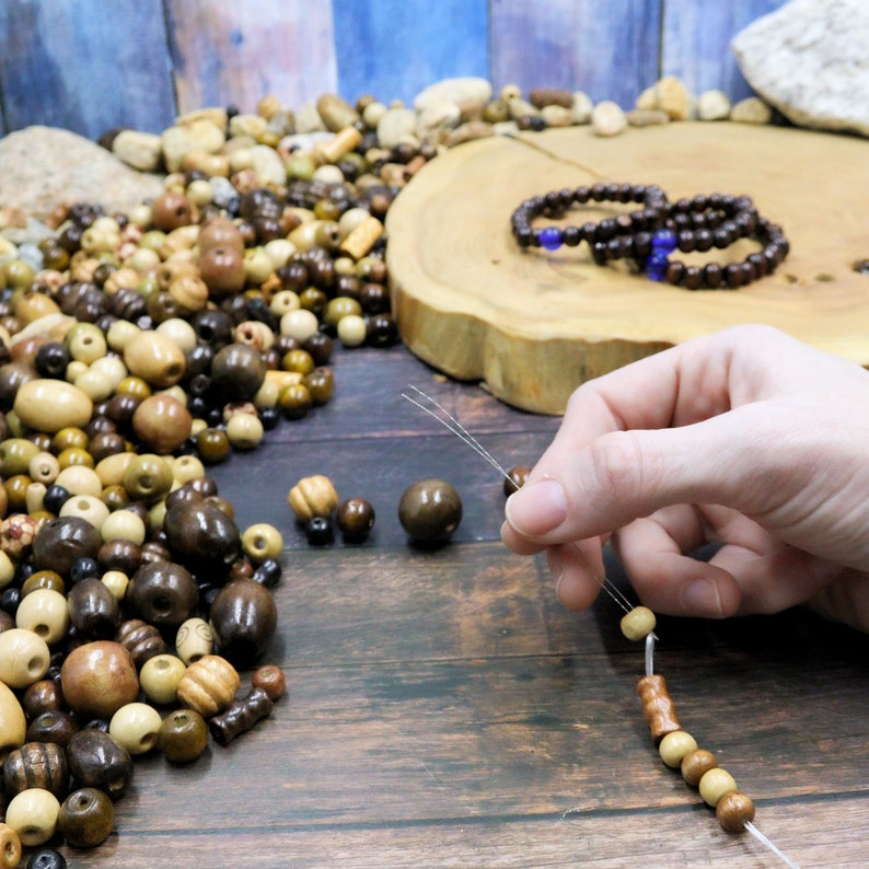 700 PCS Wooden Beads for Jewelry and Macrame Making Adults Assorted African Beads