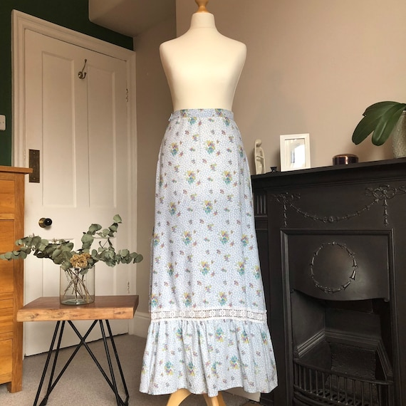 1970s floral two piece size 8 - image 3