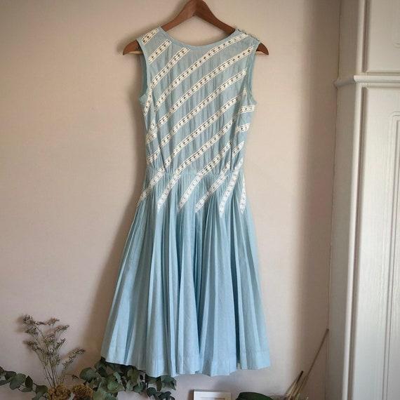 1960s blue lace pleated Carlye dress size 6-8