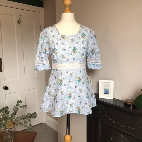 1970s floral two piece size 8 - image 4