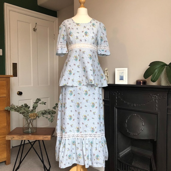 1970s floral two piece size 8 - image 2