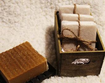 It's oatmeal honey organic soap set