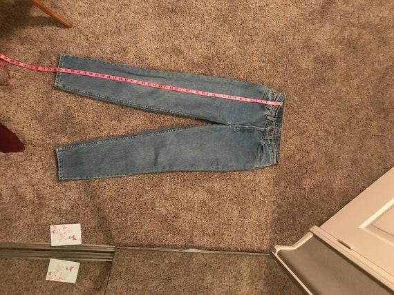 Vintage Levi's 512 light wash mom jeans - image 5