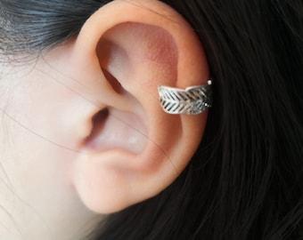 Leaf Ear Cuff, ear cuff no piercing, gold ear cuff,  silver ear cuff non pierced • fake helix piercing • ear cuffs • fake piercings