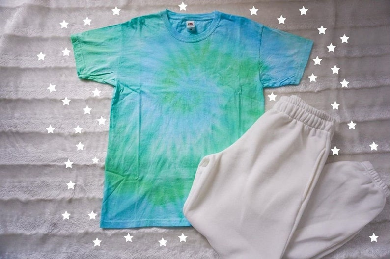 Tie Dye T-Shirt  Green Blue and Turquoise Swirl  100% image 0