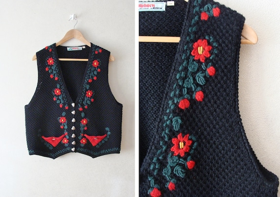 Black Floral Embroidered Vest Cardigan, 90s Button