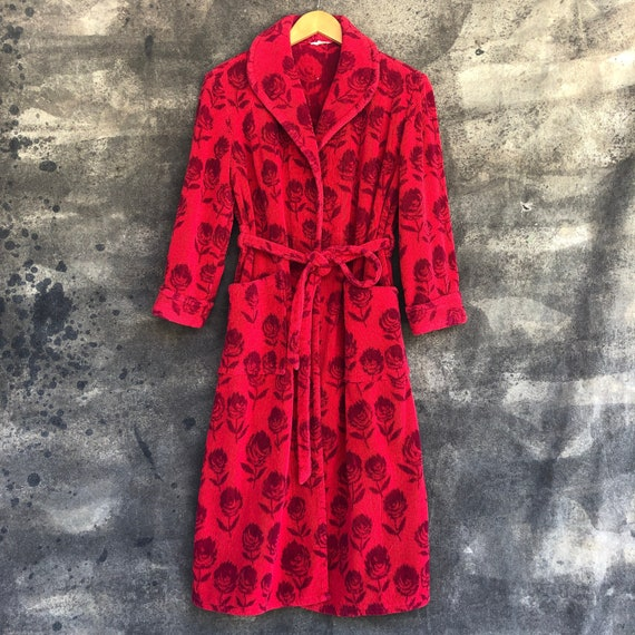 90s Red Roses Terrycloth Robe