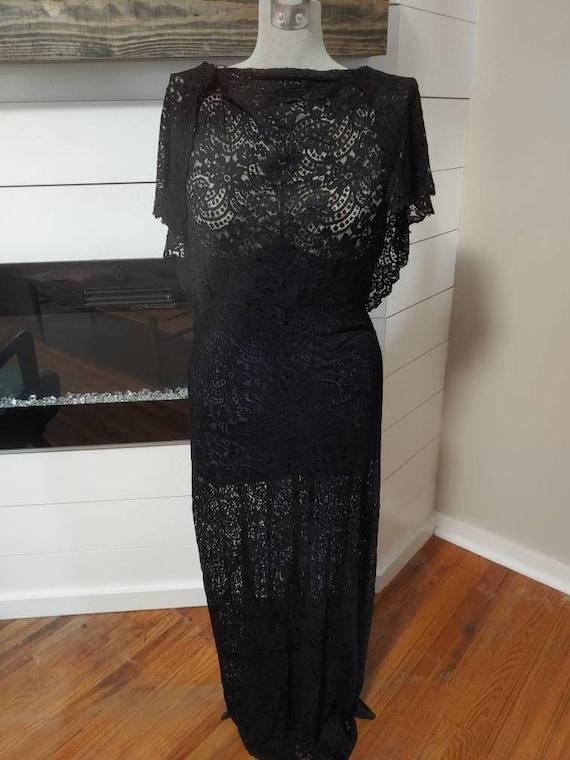 A vintage Lace 1930s gown . 1939s lace gown 1930s